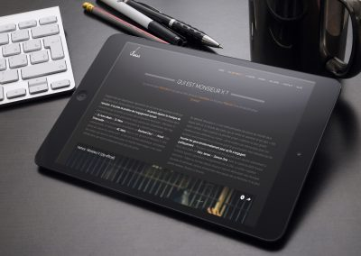 ipad-with-keyboard-and-cup